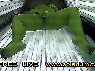 Big Beautiful Woman bulky angel masturbates in live voyeur solarium.tv