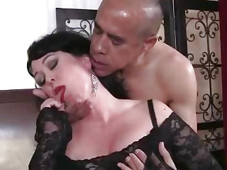 Fatty big tits lady Amanda gets cum in mouth